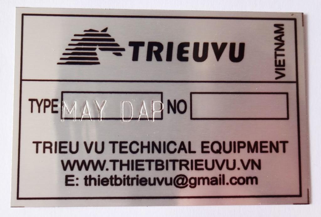 Máy dập chữ và số trên thẻ kim loại tv